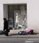 Intervenção Urbana por Mark Jenkins11